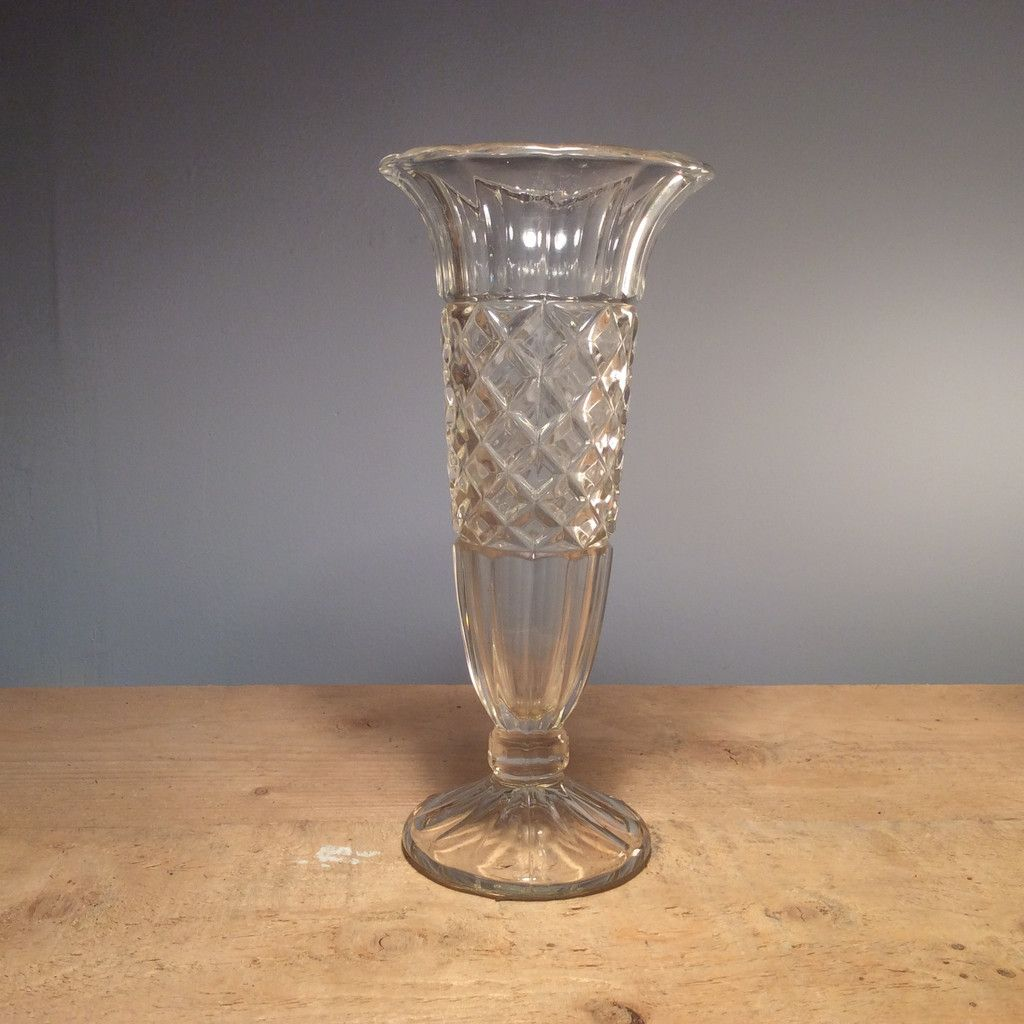 Vintage tall fluted vase 2400 delicate and elegant this pressed vase vintage tall fluted reviewsmspy