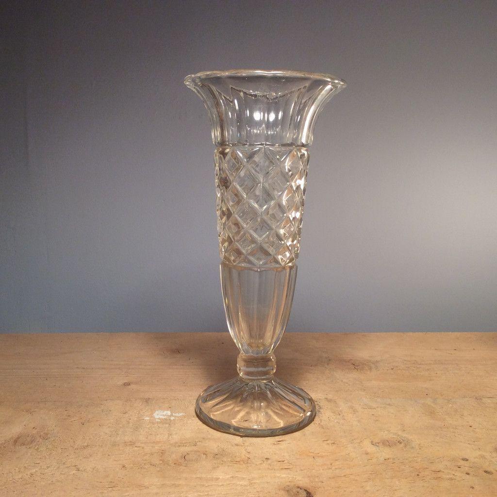 Vintage tall fluted vase 2400 delicate and elegant this pressed vase vintage tall fluted reviewsmspy