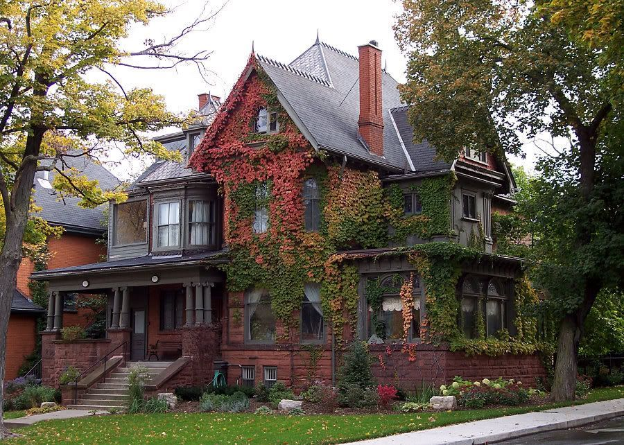"""""""possibly the largest concentration of early 20C mansions in Canada"""" [REMASTERED]"""
