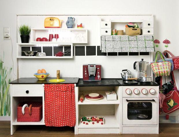 kinderk che f r gro e amilton. Black Bedroom Furniture Sets. Home Design Ideas