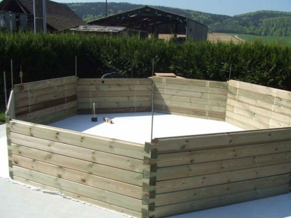 construire une piscine hors sol en bois piscines piscine hors sol et amenagement terrasse. Black Bedroom Furniture Sets. Home Design Ideas