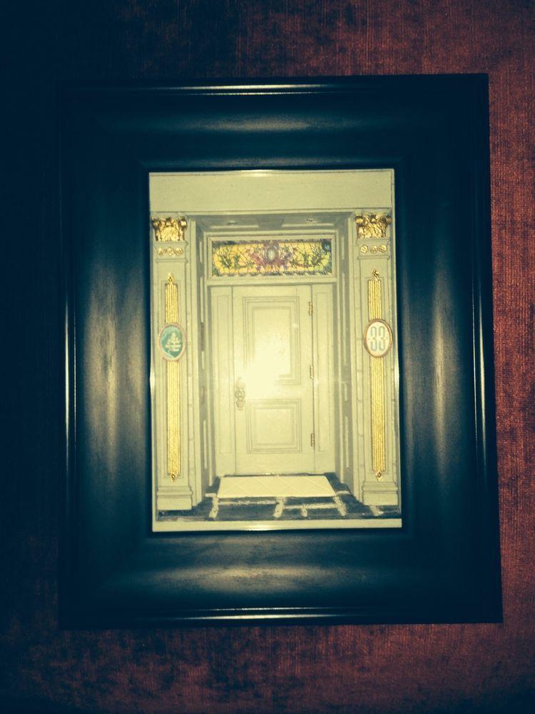 Disneyland Club 33 Door Display