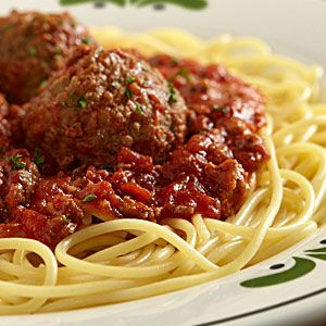 Spaghetti Meatballsolive Garden 1 Lb Ground Beef 2 Tablespoons Oil 1 14 Ounce Can Stewed
