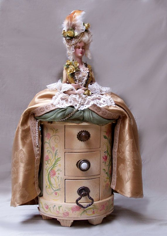 Marie Antoinette Art Doll Jewelry Box by by steamsensations The