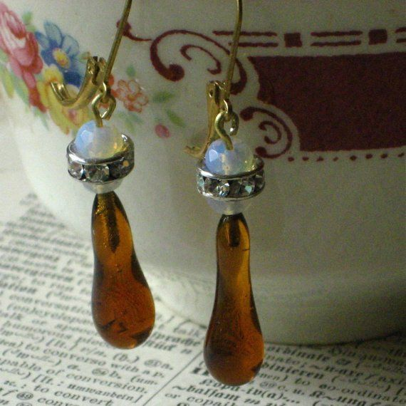 SALE Vintage Amber Icicle Earrings by tallulahshandmade on Etsy, $14.00