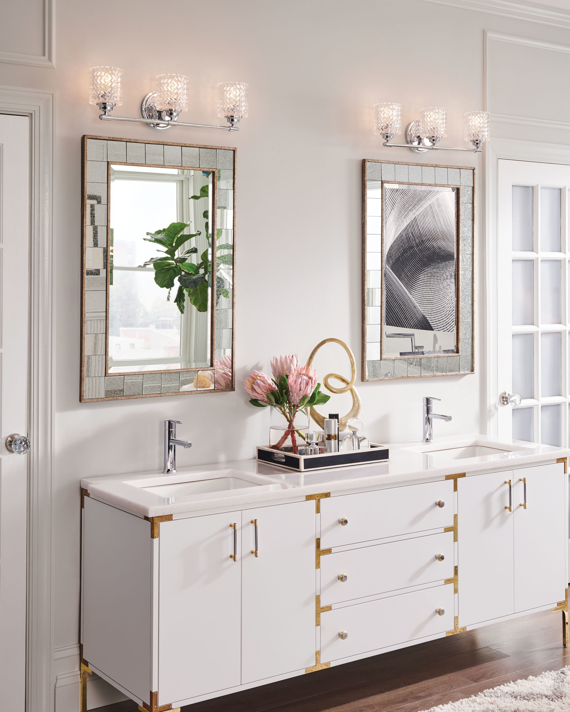 Modern Traditional Bathroom In 2020 Bathroom Lighting Design Traditional Bathroom Bathroom Lighting