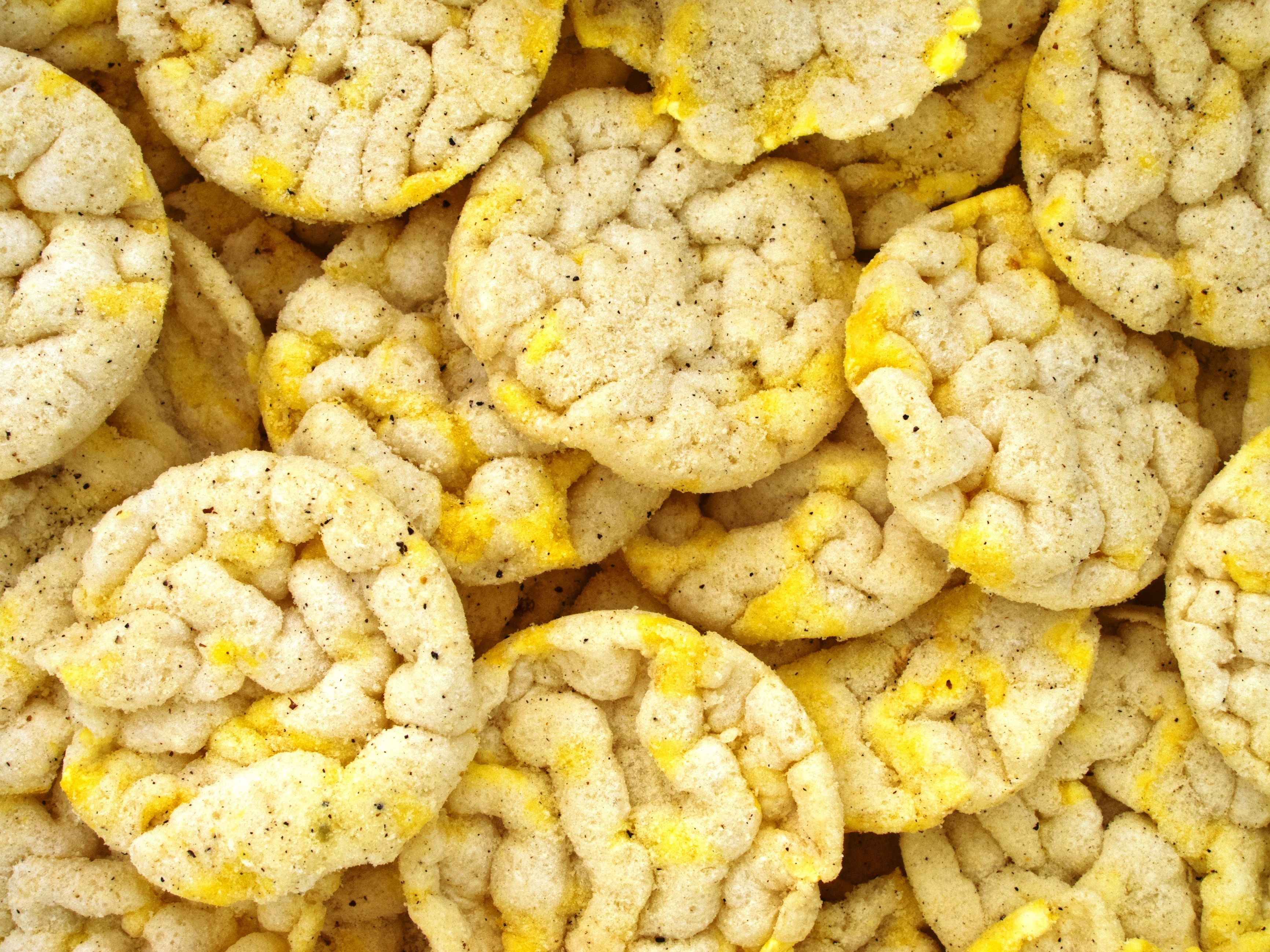 Mini flavored rice cakes are great snacks because they
