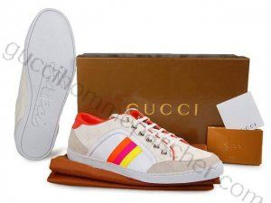 e6660e55af52 Chaussures Gucci Femme Pas Cher En Blanc orangé   Bottes Gucci Homme ...