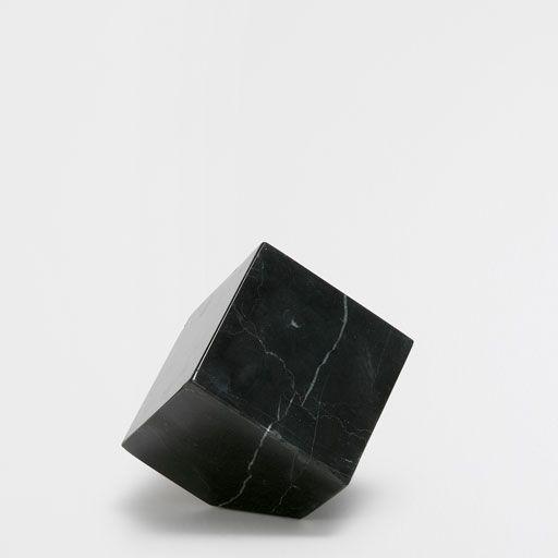 Peso para papéis quadrado pedra