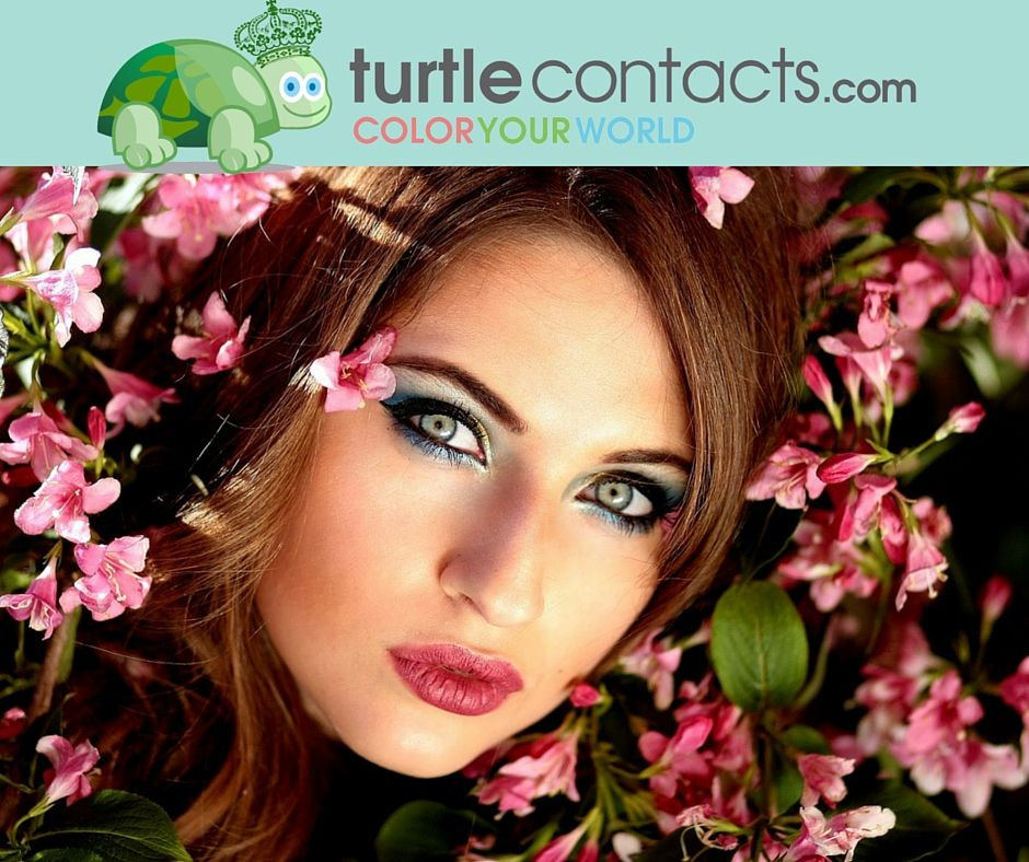 Now, shopping online to get a pair of coloredcontact lens