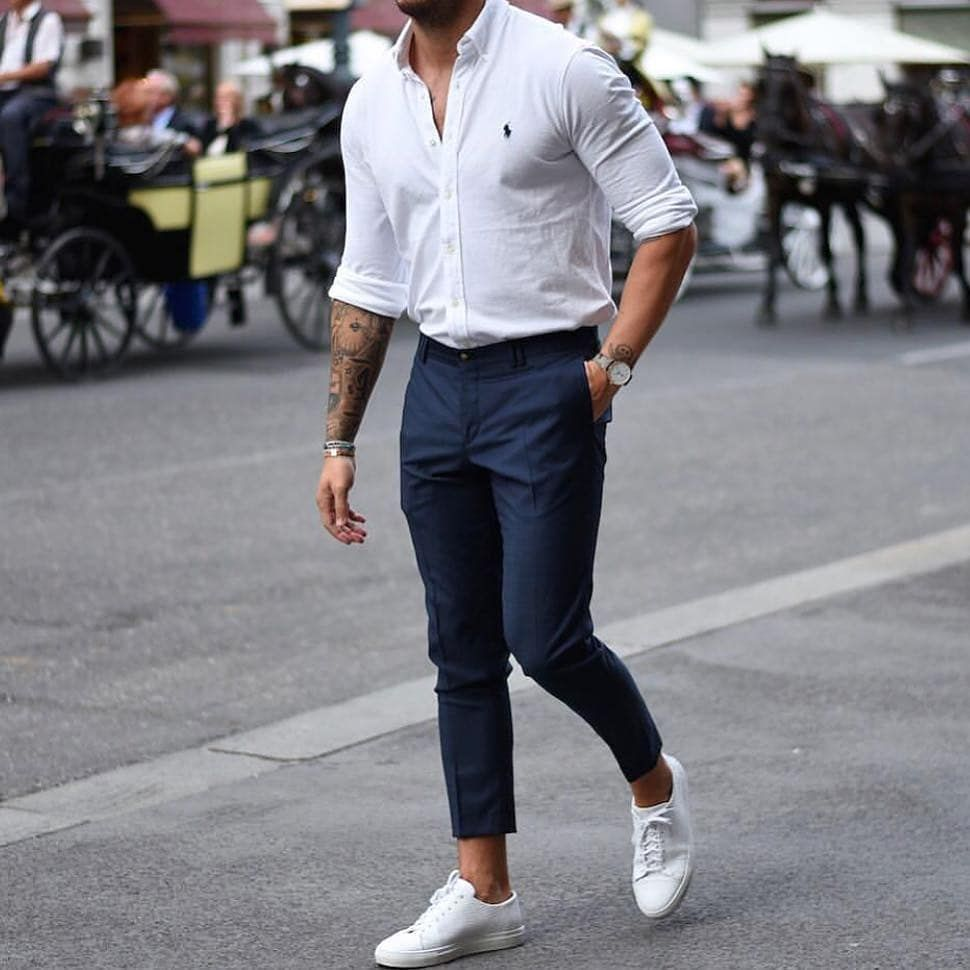 Blue jeans outfit men