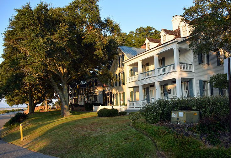 Beautiful waterfront homes in Southport, NC Southport
