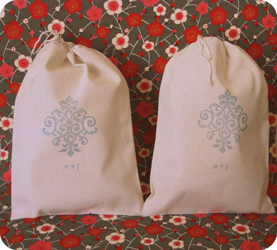 favors or welcome bags