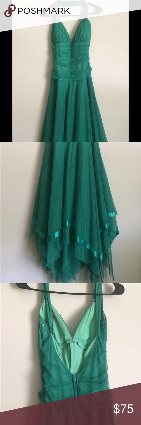 Emerald green prom dress  Emerald Green Formal Gown  Formal gowns Formal prom dresses and