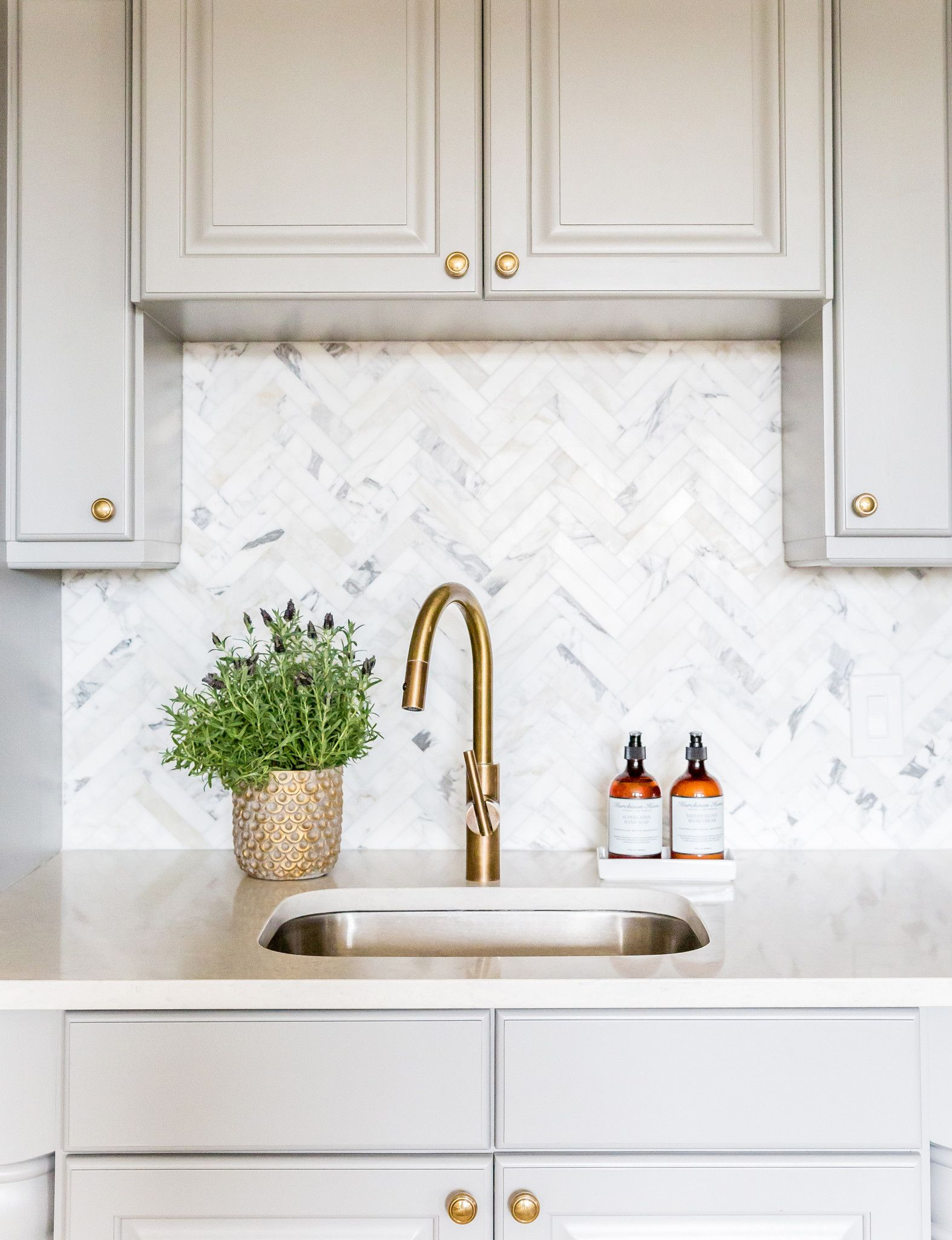 Murchison Hume Hand Duo Kitchen Marble Kitchen Tiles Backsplash Kitchen Renovation