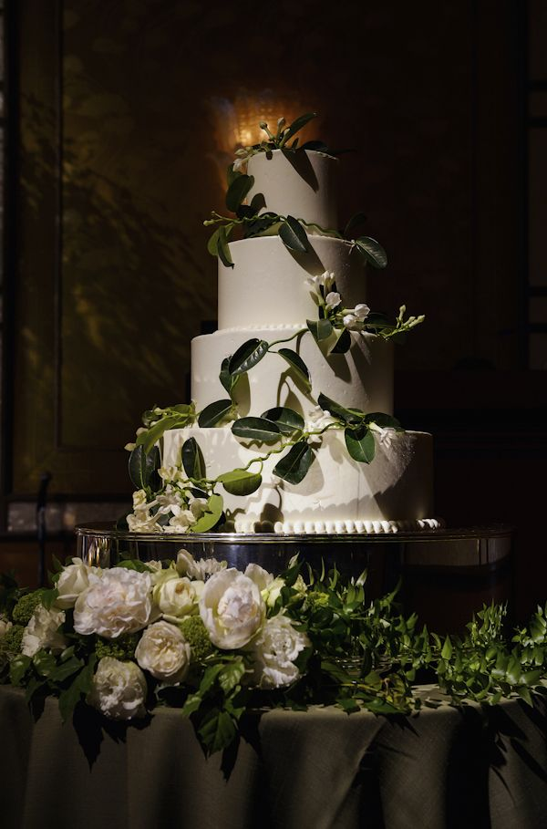 wedding cake by The Ritz Carlton, Tokyo with photos by 37 Frames Photography | via junebugweddings.com
