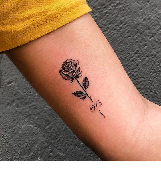 Kleine Rose süße Tätowierung #tattoossleeve  tattooed models | tattoo