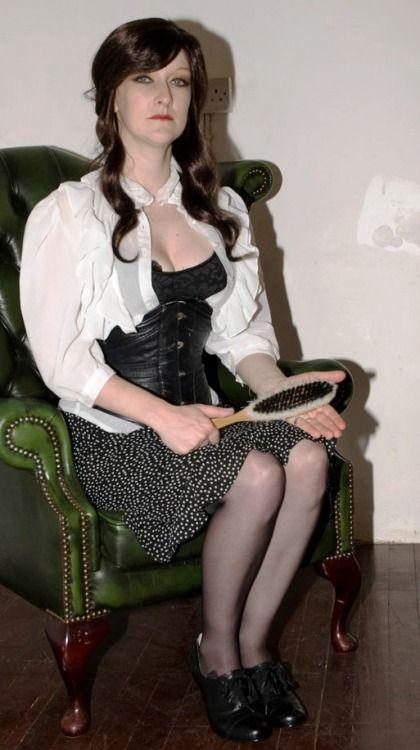 Spanked Over Hendes knæ Strenge, elegante, sexede kvinder Pinterest Sexede kvinder-7889