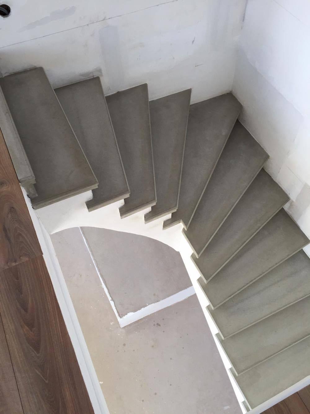 Fabrication Et Pose D Escalier En Beton Gris Lisse A Carcassonne Et Toulouse Escadas Internas Escadas Casas