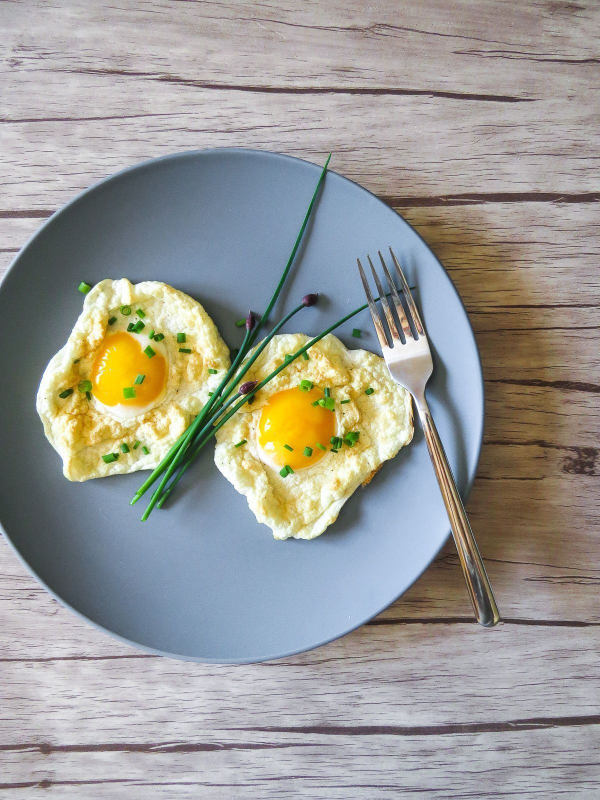 Cloud Eggs #cloudeggs Cloud Eggs - The latest breakfast egg trend! Cloud eggs or eggs in clouds are super customizable and so easy to make! Perfect for brunch for one, a couple or many! #cloudeggs Cloud Eggs #cloudeggs Cloud Eggs - The latest breakfast egg trend! Cloud eggs or eggs in clouds are super customizable and so easy to make! Perfect for brunch for one, a couple or many! #cloud Eggs #cloudeggs