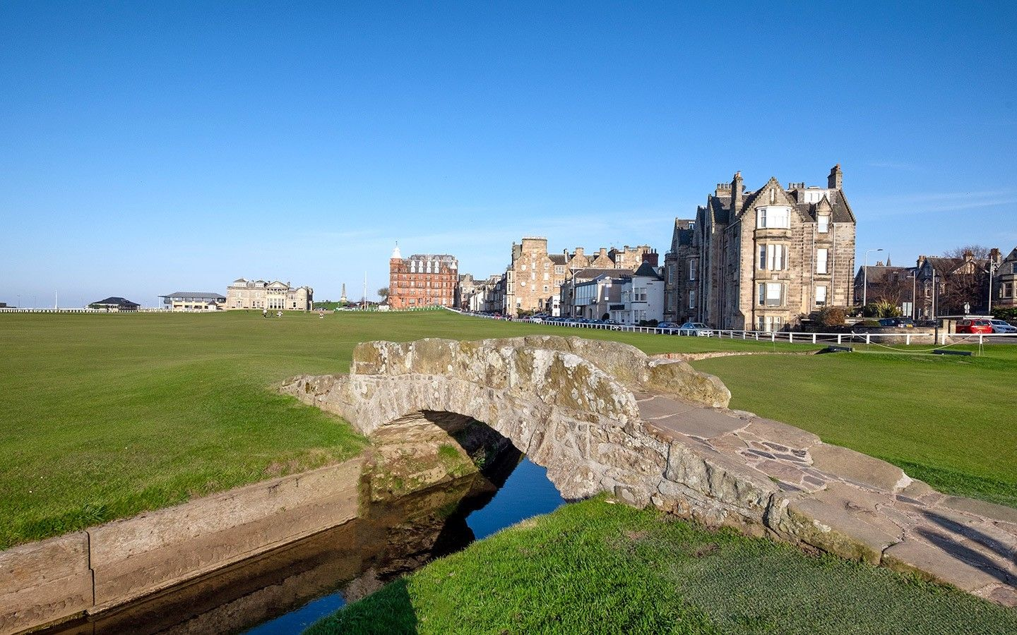 A Weekend In St Andrews Scotland A 48 Hour Itinerary On The Luce Travel Blog Scotland Vacation St Andrews Scotland St Andrews