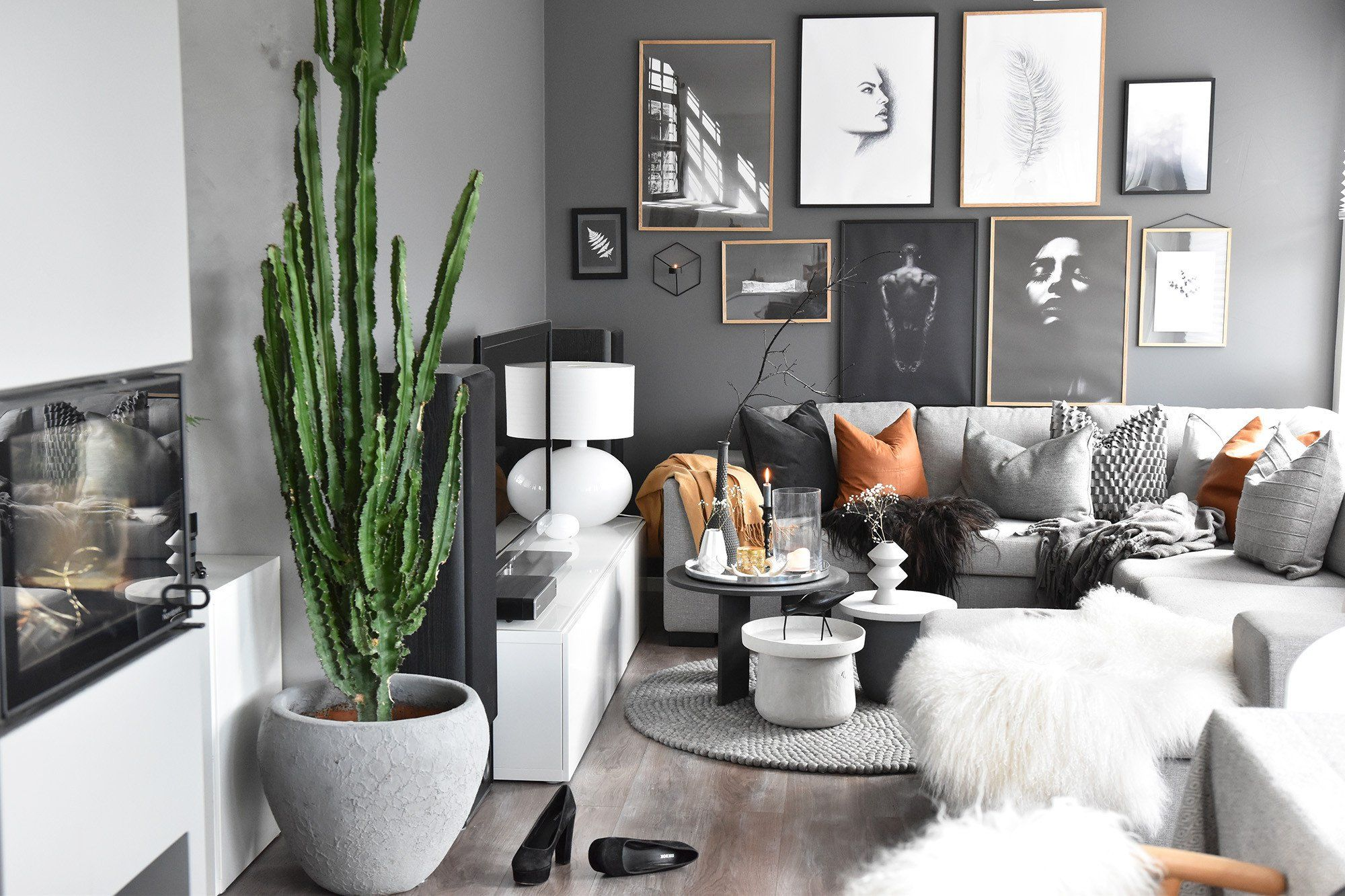 Latest Trends In Home Decor Inspirational 10 Fall Trends The Season S Latest Ideas Decoholic Home Decor Catalogs Trending Decor Fall Home Decor