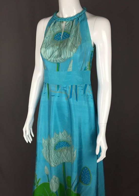 2e81350260 STUNNING 60 s Pure Thai Silk Sleeveless by DynamiteDudsVintage Thai Dress