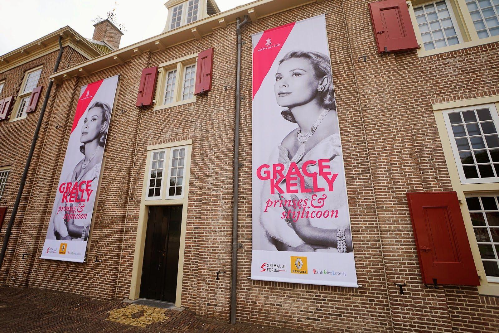 FASHION - Grace Kelly tentoonstelling - Zeeuws modemeisje