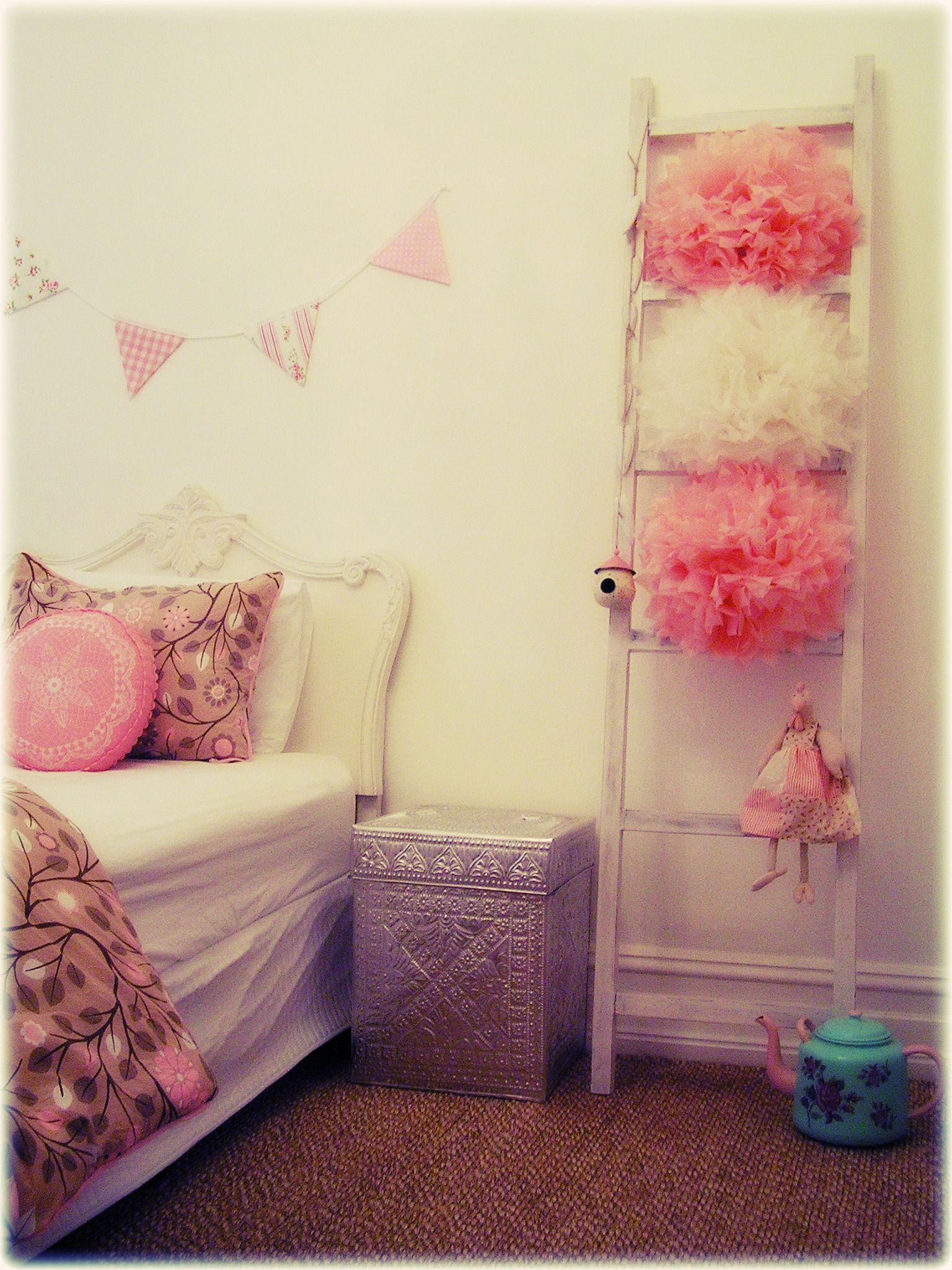 girls shabby chic french bedroom vintage pastel pink bunting banner flags ladder pompoms pressed. Black Bedroom Furniture Sets. Home Design Ideas