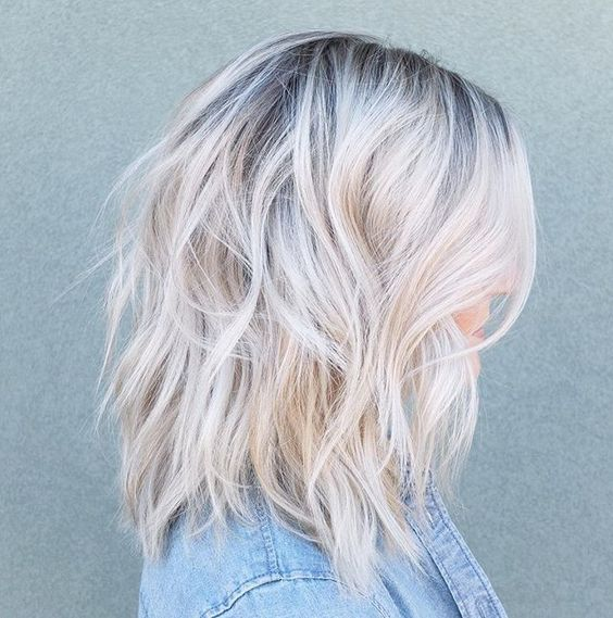 Soft Root Shadow On This Blondie And A Pretty Little Lob Short Hair Balayage Icy Blonde Hair Platinum Blonde Hair