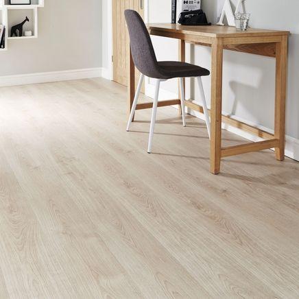 Light Oak Laminate Flooring Oak Laminate Flooring Laminate Flooring Colors Waterproof Laminate Flooring