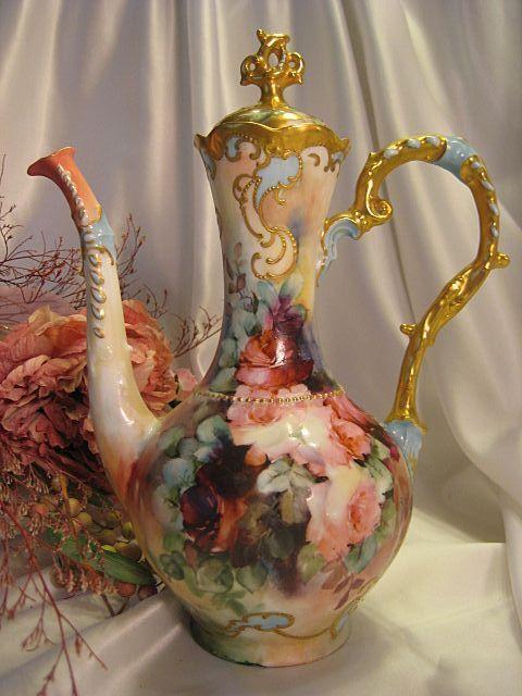 RARE & ldquo; Finest Pot Chocolate Mold & rdquo; MASTERPIECE ~ tirar o fôlego antigo Mão pintada de café Chocolate Tea Pot ~ lindo ~ das rosas Outstanding Gold ~ trabalho excepcional período vitoriano da herança, Circa 1890