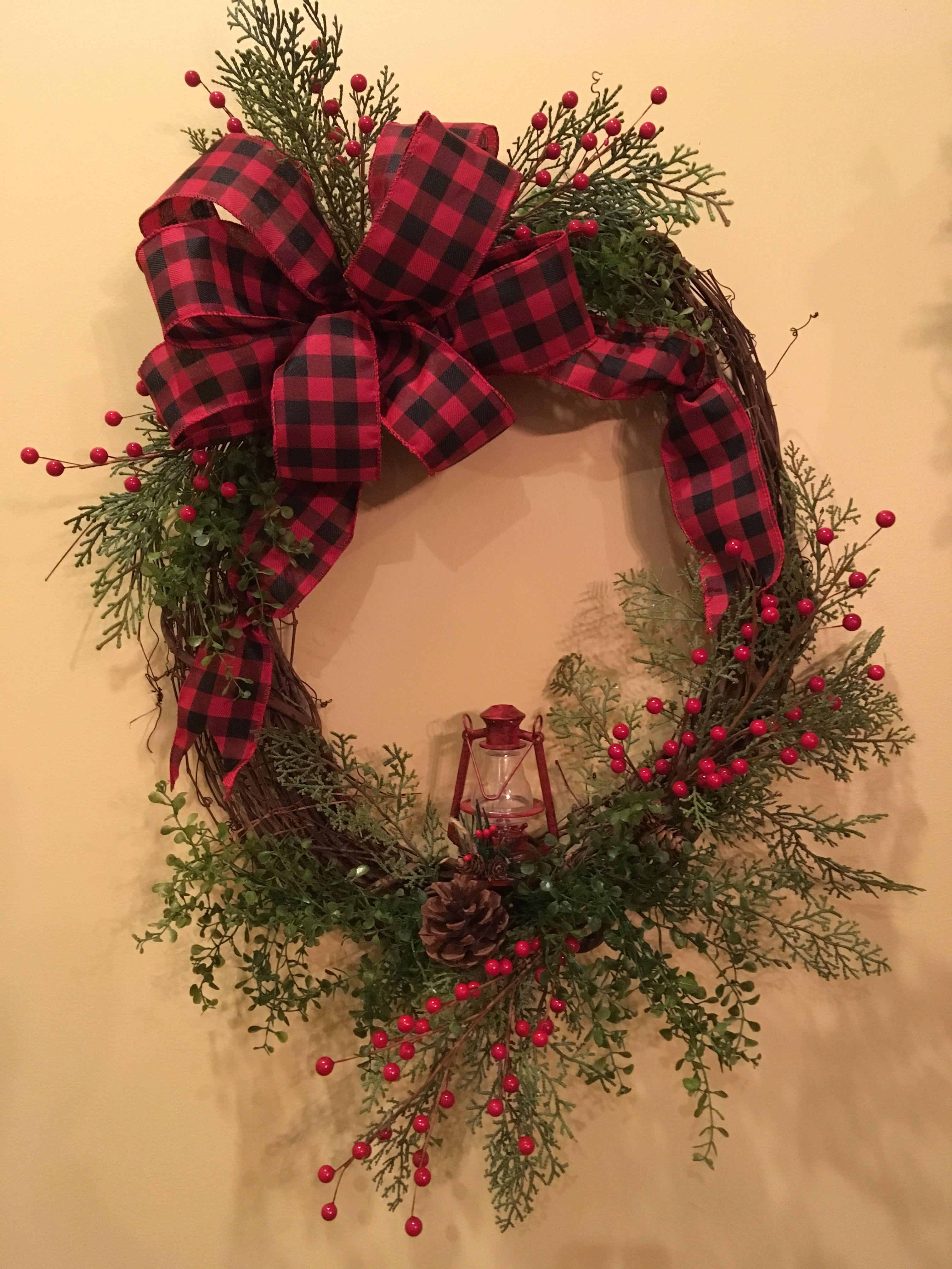 Christmas Winter Lantern Wreath Xmas Wreaths Christmas Wreaths