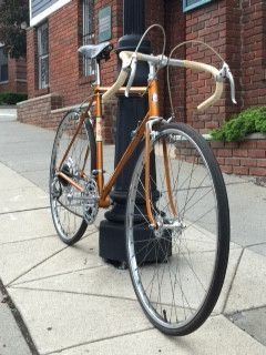 Here's a 1964 Schwinn Varsity 10 Speed in Radiant Coppertone