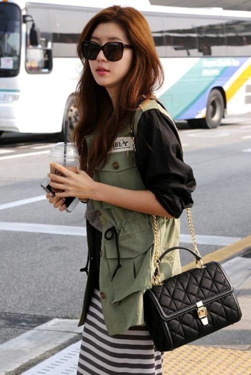 Korean actress? Park Han Byul at the airport #kpop