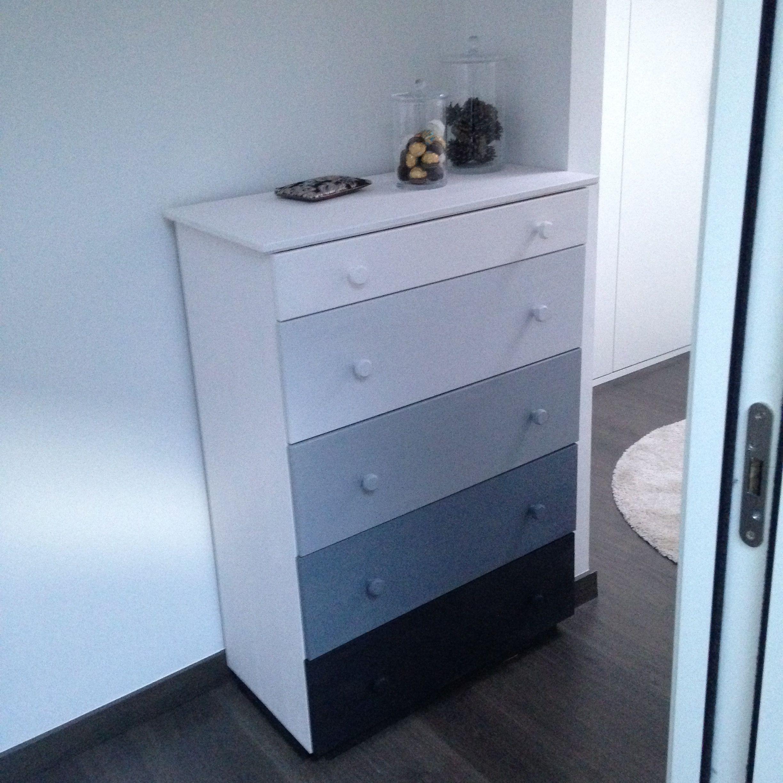 Mueble de madera de pino de ikea pintado con chalkpaint - Con que pintar muebles de pino ...