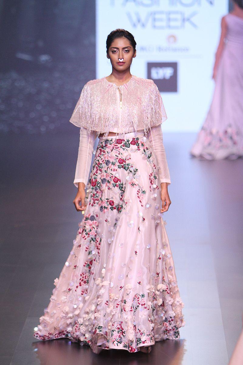 LFWSR\'16D4S1cShriyaSomRunway032 | indo western outfits | Pinterest