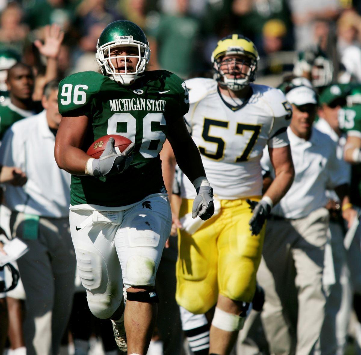 Peko Smith Set To Play In Saturday S Hula Bowl Michigan State University Athletics In 2020 Michigan State Football Michigan State Michigan State University