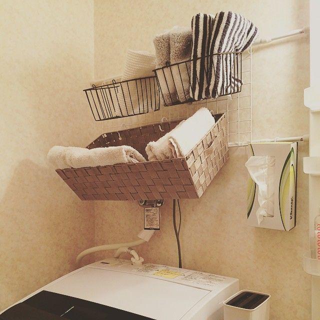 * 狭くて置けないのと、いつか素敵なお家に素敵な家具を夢見て今は節約家具 #プチ#DIY#100均#セリア#seria#収納#洗面所 #つっぱり棒#無敵