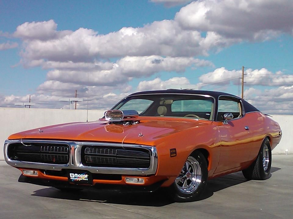 1972 Dodge Charger Maintenance of old vehicles: the material for new ...