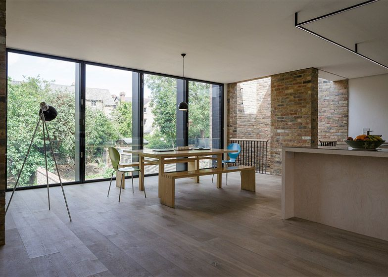 London office Delvendahl Martin Architects has merged and extended a pair of Victorian semi-detached houses in Oxford to create a new double-fronted home for one family.