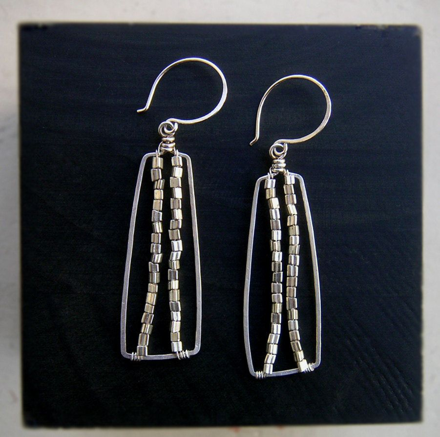 Silver Square Dangles Square Everyday Earrings Metal Wedding Jewelry Hammered Silver Earrings Silver Square Wire Dangle Earrings