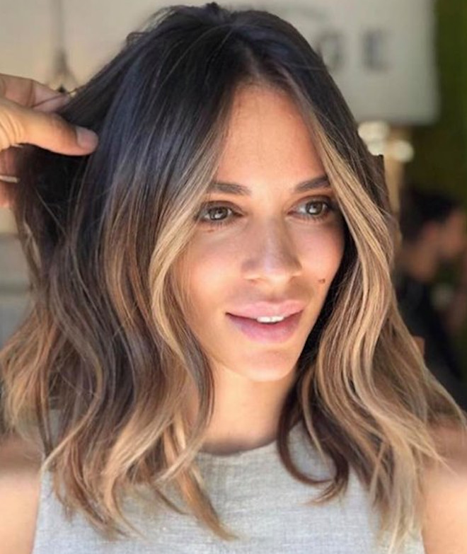 9 Smoky Gold Hair Color Ideas For Your Next Salon