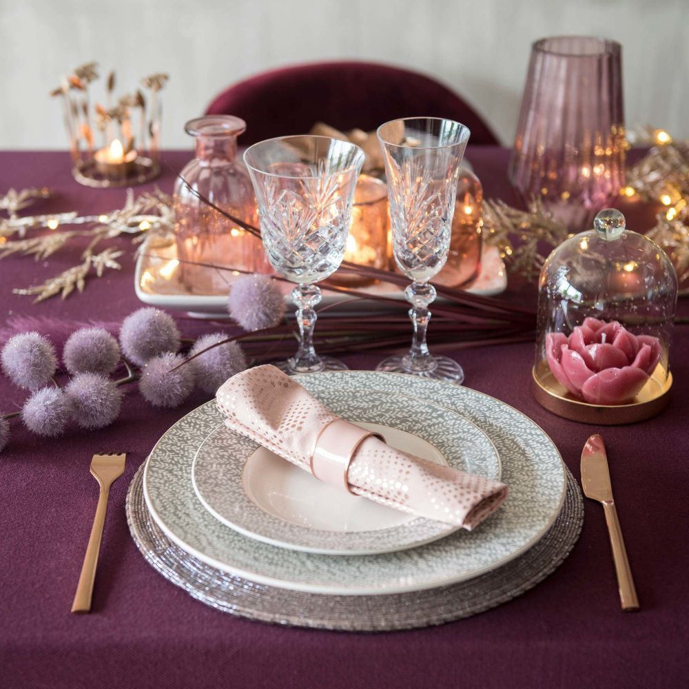 Weihnachtsdekoration In 2020 Rosa Tisch Deko Weihnachten Und