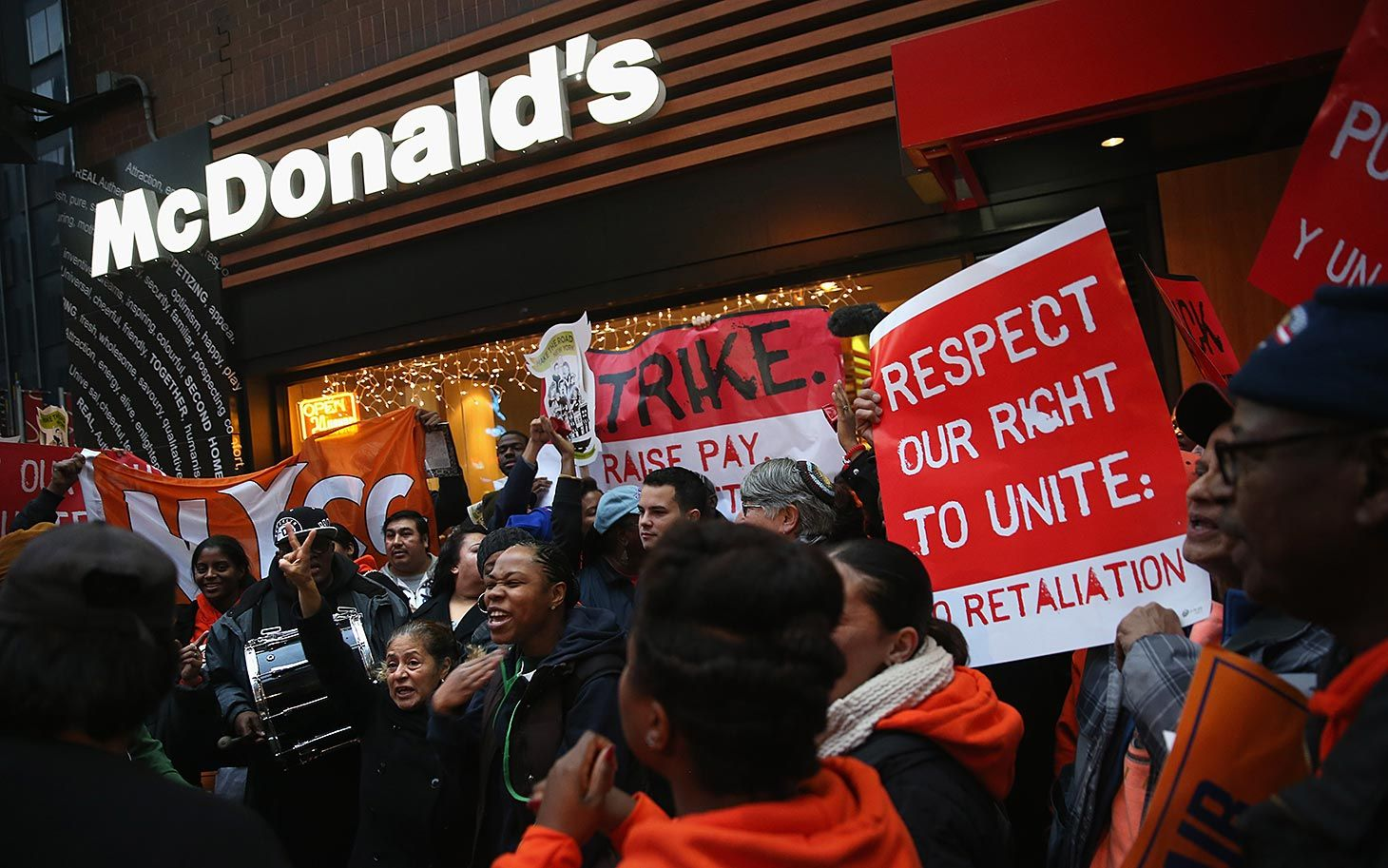 How restaurant lobby blocks living wage for fast food workers - The NRA or National Restaurant Association spent more than 4 million in 2012 alone lobbying Washington, D.C. to keep 13 million fast food workers disempowered. It may come as no surprise that the lobbyists are paid well to ensure poverty wages for millions. A McDonald's CEO makes about 580 times what a full-time minimum wage worker makes. Is it any wonder that it's so hard for fast food minimum wage workers to survive!