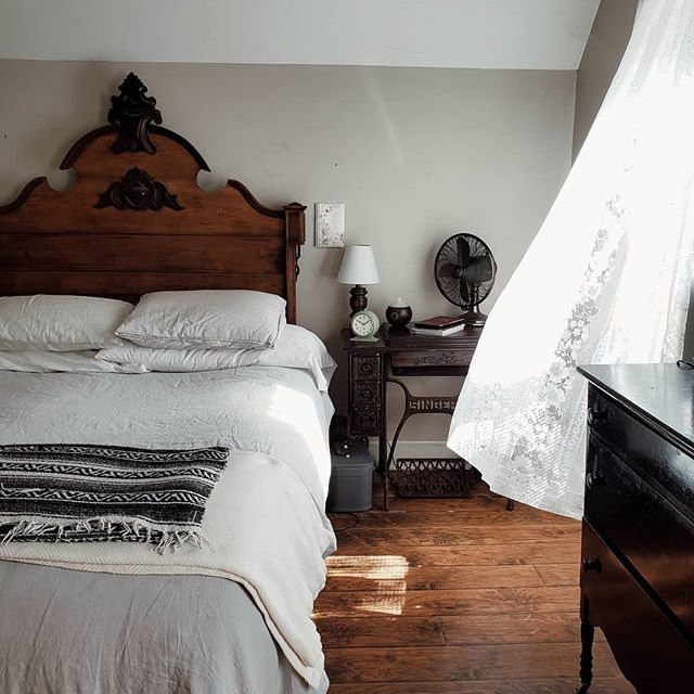 50 Sleigh Bed Inspirations For A Cozy Modern Bedroom: Pin By Cindy Chaplin On Modern Victorian