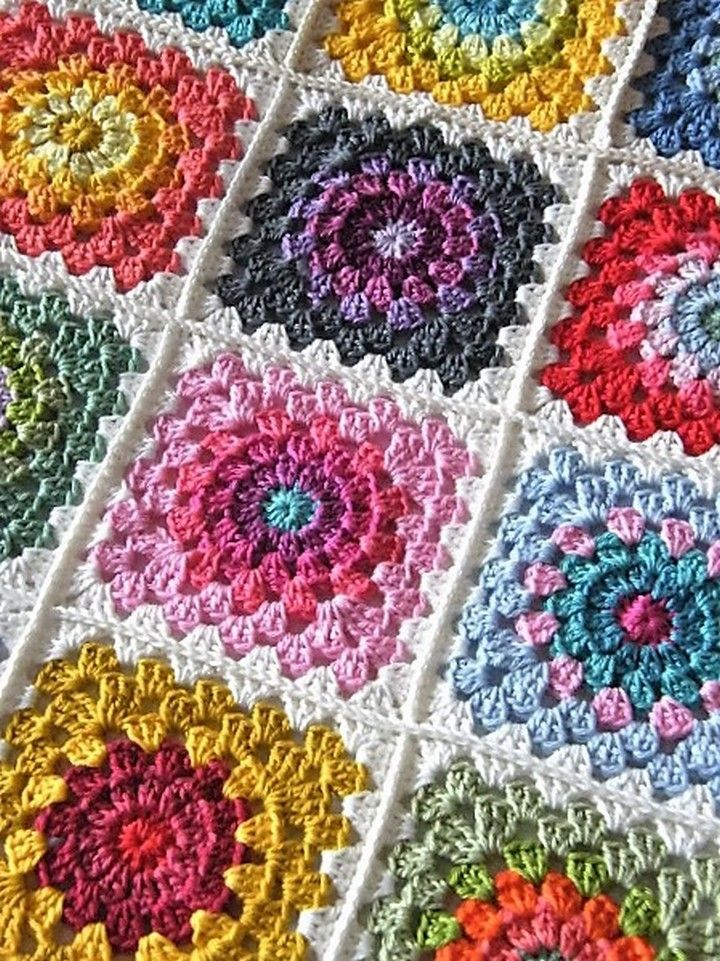Easy & Free Granny Square Patterns | Tutorials, Flower and Granny ...
