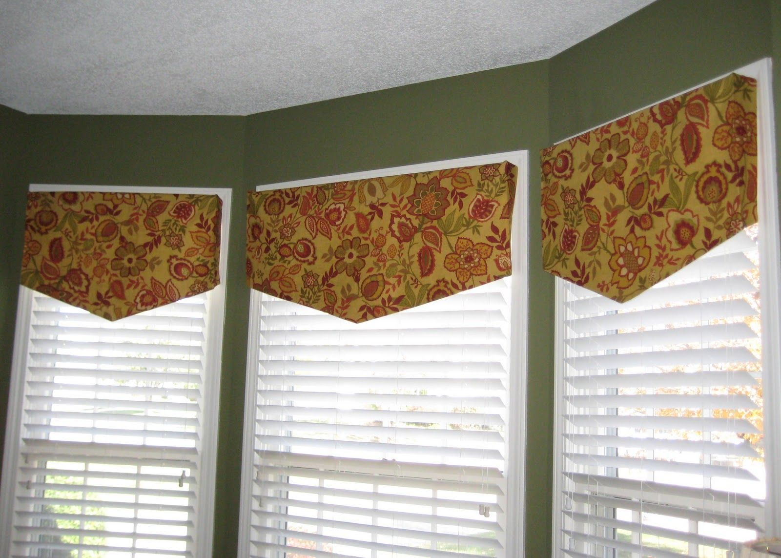 Tallgrass Design Simple Valances Might Use For Windows On The
