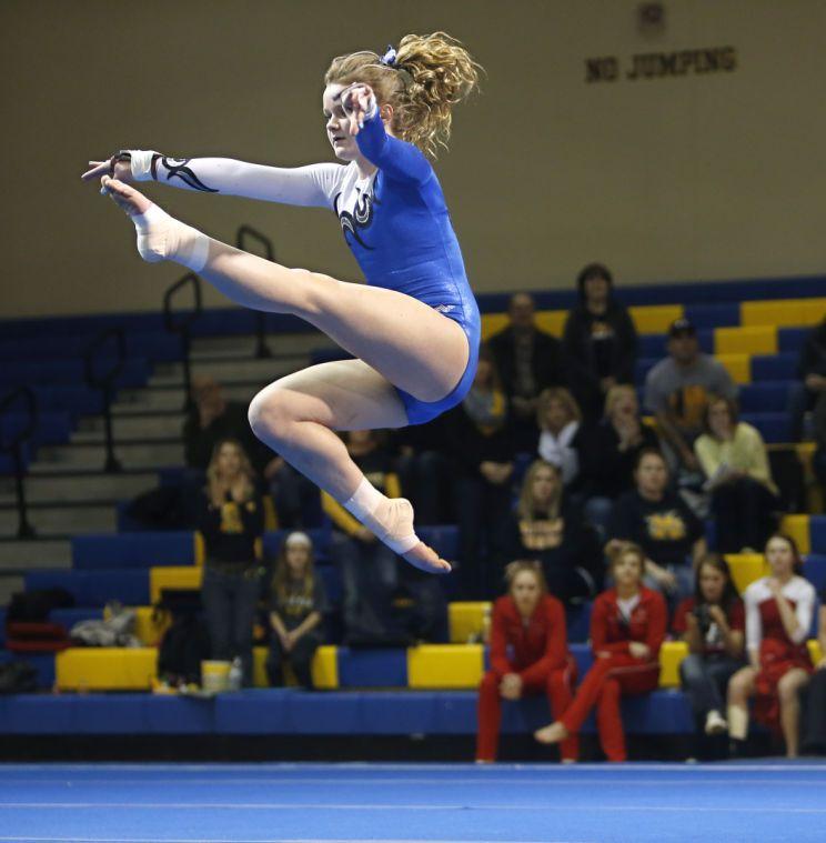 Photo Gallery State Gymnastics Saturday
