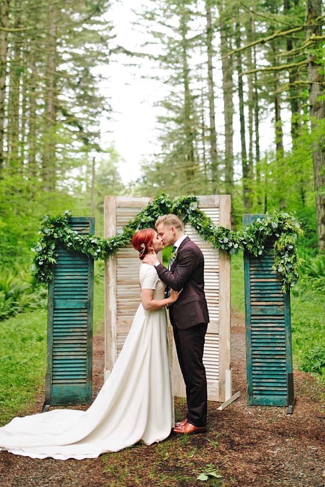 Budget Friendly Wedding Trend Greenery Decor See More Http Www Weddingforward